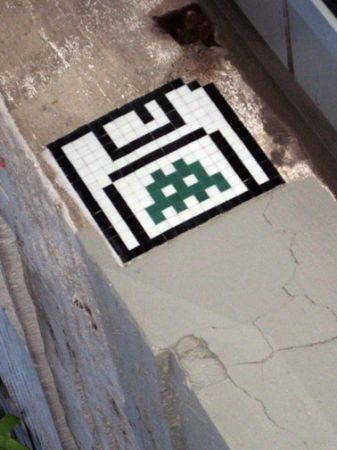 Space invader June 25, 2009 # 2