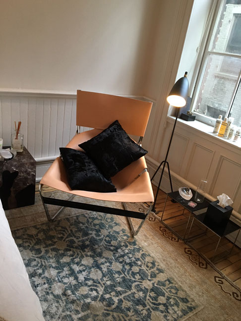 comfy-chair-at-THE-APARTMENT-by-The-Line,-Soho,-NYC