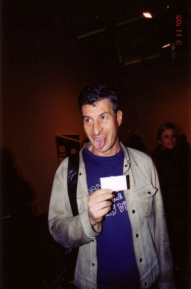 MAURIZIO-CATTELAN,-NYC---PHOTO--NANCY-SMITH,-March-11,-2005
