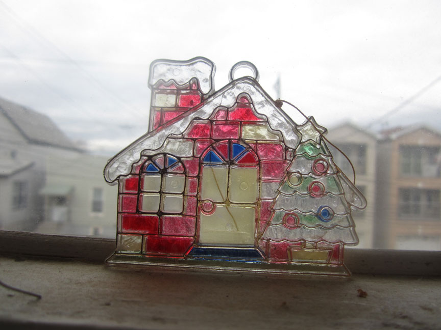 vintage-faux-stained-glass-ornament