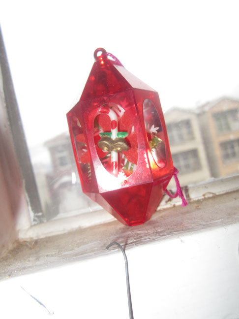 vintage-red-plastic-christmas-lantern-ornament